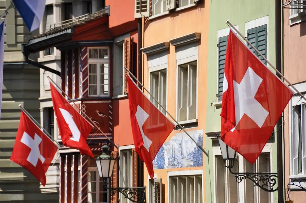 Swiss Crypto Valley Issues Banking Guidelines to Stop Blockchain Flight