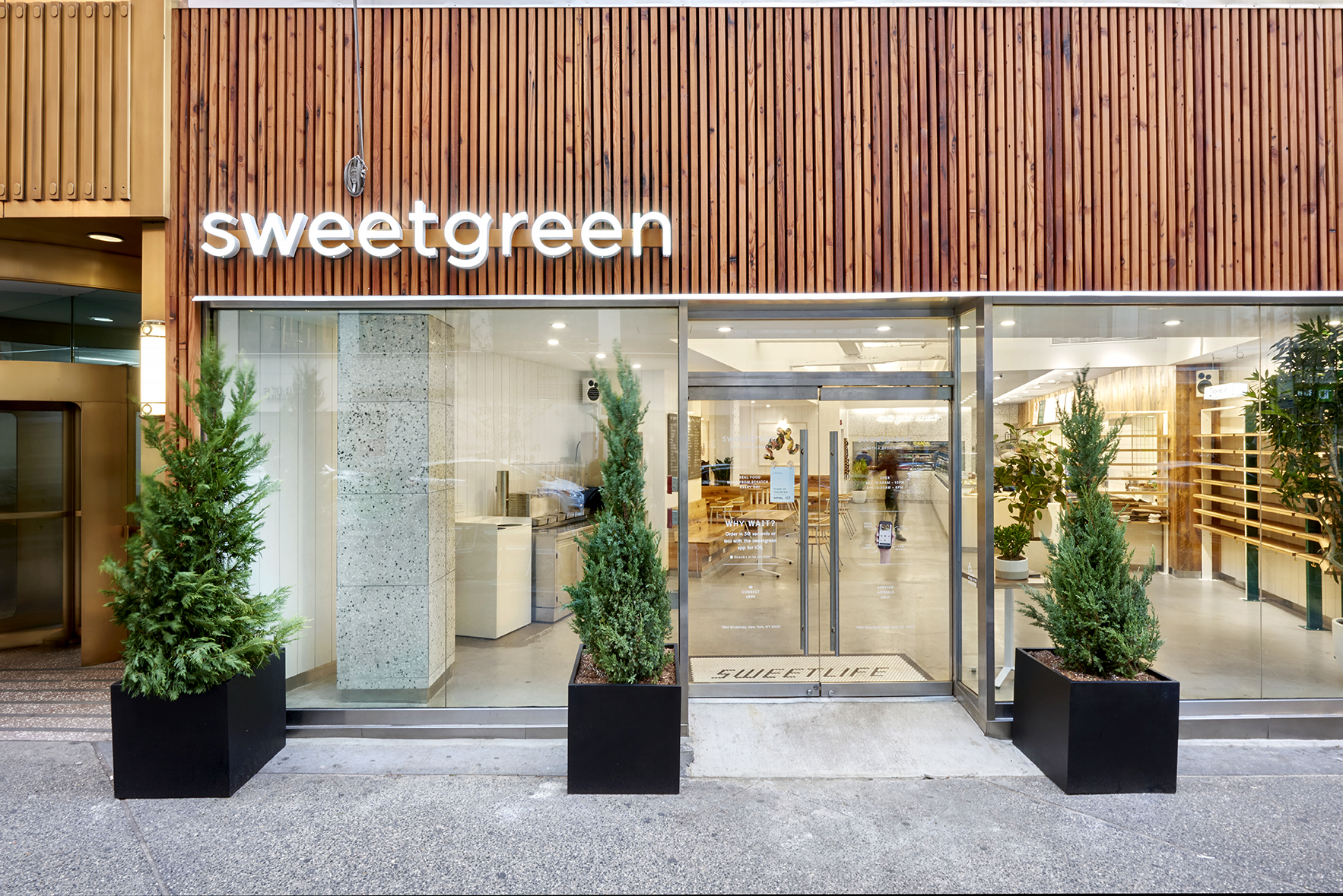 Restaurant Chain Sweetgreen Raises $200M USD To Invest In Blockchain