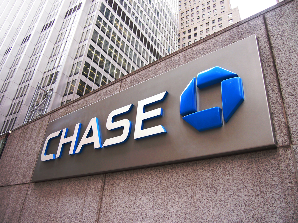 Bitcoin Adoption: Could Chase Bank's Anti-Conservative Push be an Opening Crypto?